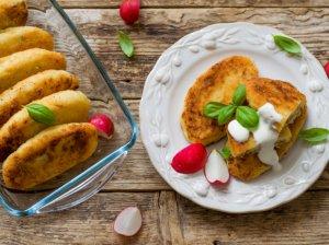 Bulviniai zrazai su kiaušiniais ir sūriu