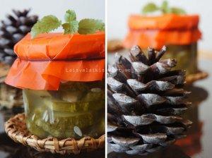 Nuostabieij marinuoti agurkų griežinėliai žiemai