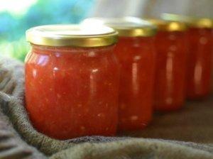 Trintų pomidorų tyrė žiemai