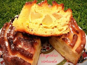 Grietininis obuolių pyragas