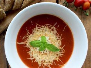 Pati skaniausia trinta pomidorų sriuba