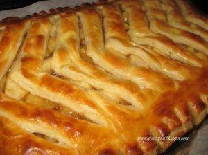 Skanus ir greitas sluoksniuotos tešlos obuolių pyragas