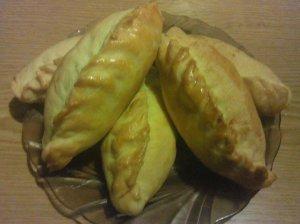 Kibinai su vištiena ir pievagrybiais