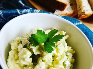 Avokado salotos - užtepėlė su kiaušiniu