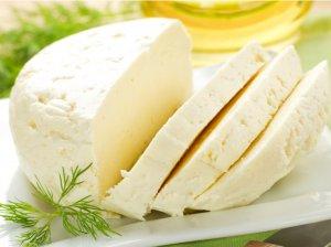 Saldaus pieno sūris