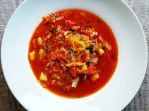 Šviežių kopūstų sriuba (kopūstienė)