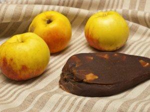 Orkaitėje keptų obuolių sūris