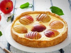 Varškės pyragas su kondensuotu pienu ir obuoliais - angeliškai skanus