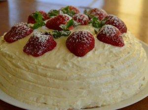 Maskarponės tortas su žele