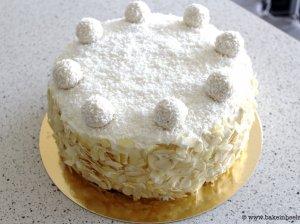 Kokosinis tortas su maskarponės kremu