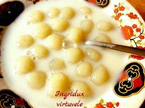 Pieniška bulvinių kukulių sriuba
