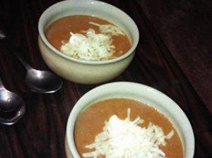 Aštri trinta lęšių sriuba