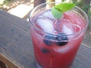 Vynuogių sulčių kokteilis