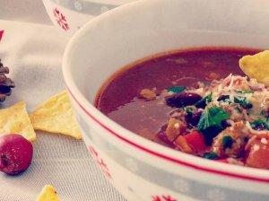 Pomidorinė sriuba su faršu pupelėmis