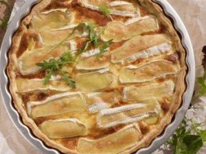 Prancūziškas sluoksniuotos tešlos pyragas su bulvėmis ir sūriu