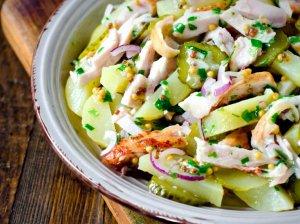 Bulvių salotos su vištiena ir lengvu padažu