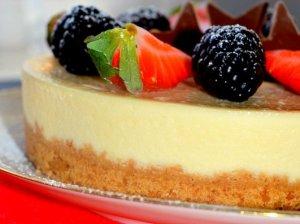 Nekeptas sūrio pyragas tortas