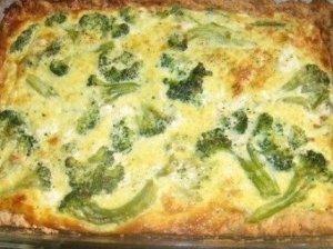 Čederio sūrio ir brokolių užkandėlė