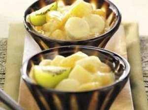 Vaisių salotėlės