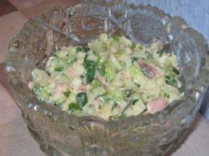 Skumbrės salotos su poru