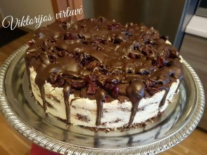 Nekeptas tinginio tortas su varške