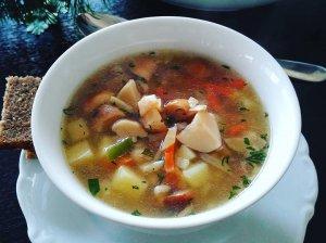 Perlinių kruopų sriuba su baravykais grybais