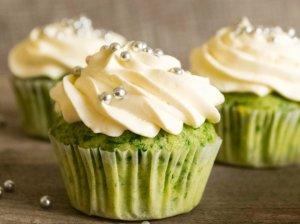 Žalieji Šreko keksiukai be cukraus ir kiaušinių
