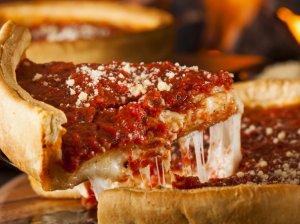 Storapadė čikagietiška pica