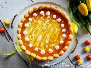 Gaivus nekeptas varškės tortas su vaisių gabaliukais