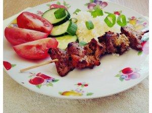 Mėsos iešmeliai marinuoti su kiviais