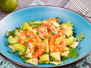 Avokadų salotos su krevetėmis