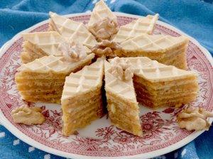 Karamelinis vaflių pyragas su maskarpone