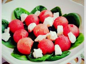Arbūzo fetos salotos