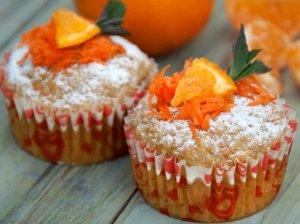 Sveikuoliški morkų keksiukai be cukraus