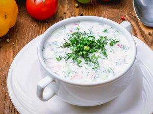 Šalta kefyro sriuba su varške
