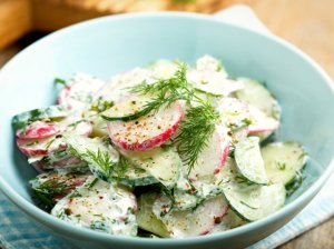 Gaivios ridikėlių ir agurkų salotos