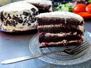Juodasis miškas tortas su maskarpone
