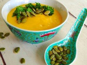 Maistinga saldžių bulvių sriuba su kokosų pienu