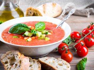 Šalta pomidorų sriuba gazpacho gaspačio