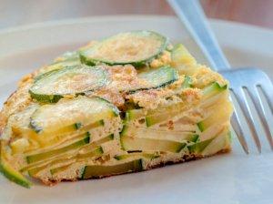 Greitas cukinijų omletas orkaitėje