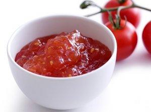 Pomidorų ir obuolių marmeladas su aitriąja paprika