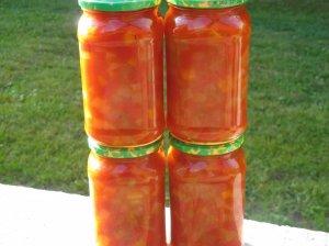 Cukinijos žiemai su paprikomis ir pomidorų pažadu