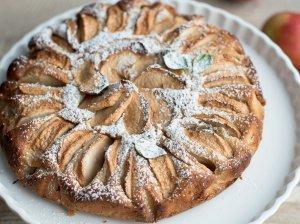 Greitas kefyro pyragas su obuoliais - labai skanus!