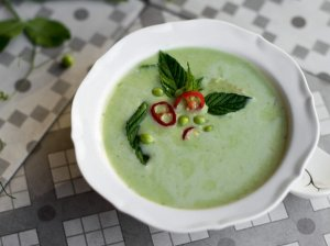 Tailandietiška žirnelių sriuba su kokoso pienu