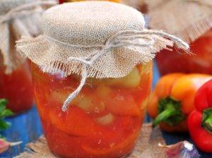 Marinuoti pomidorai ir paprikos