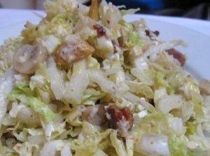 Kopūstų salotos su mėsa