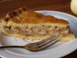 Pyragas su ankstyvaisiais obuoliais