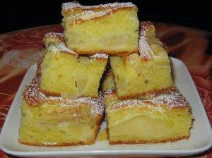 Sviestinisi grietininis obuolių pyragas