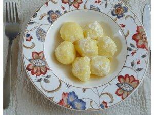 Šilkiniai bulvių kukulaičiai