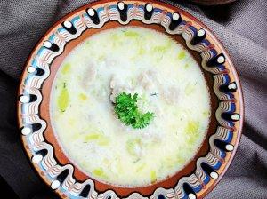 Lydyto sūrelio sriuba su vištiena kalakutiena paukštiena